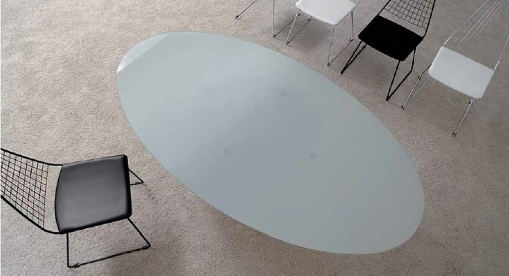 Design glastisch oval top angebote gibt 39 s hier for Designer glastisch