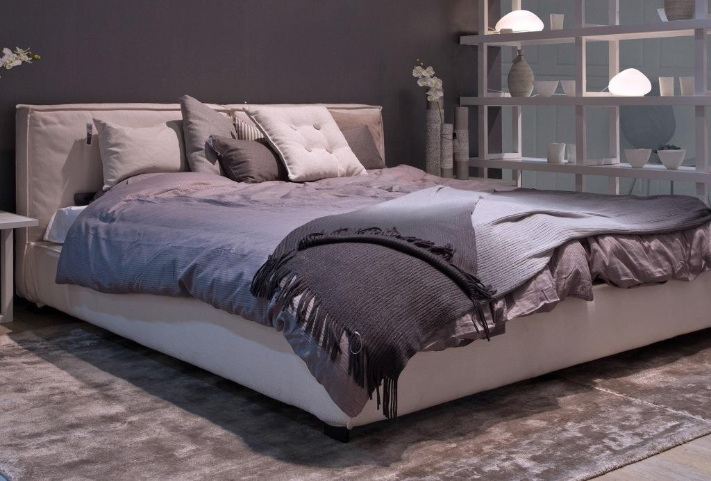 skandinavisches bett mit unpers nliche auf wohnzimmer of skandinavisches bett. Black Bedroom Furniture Sets. Home Design Ideas